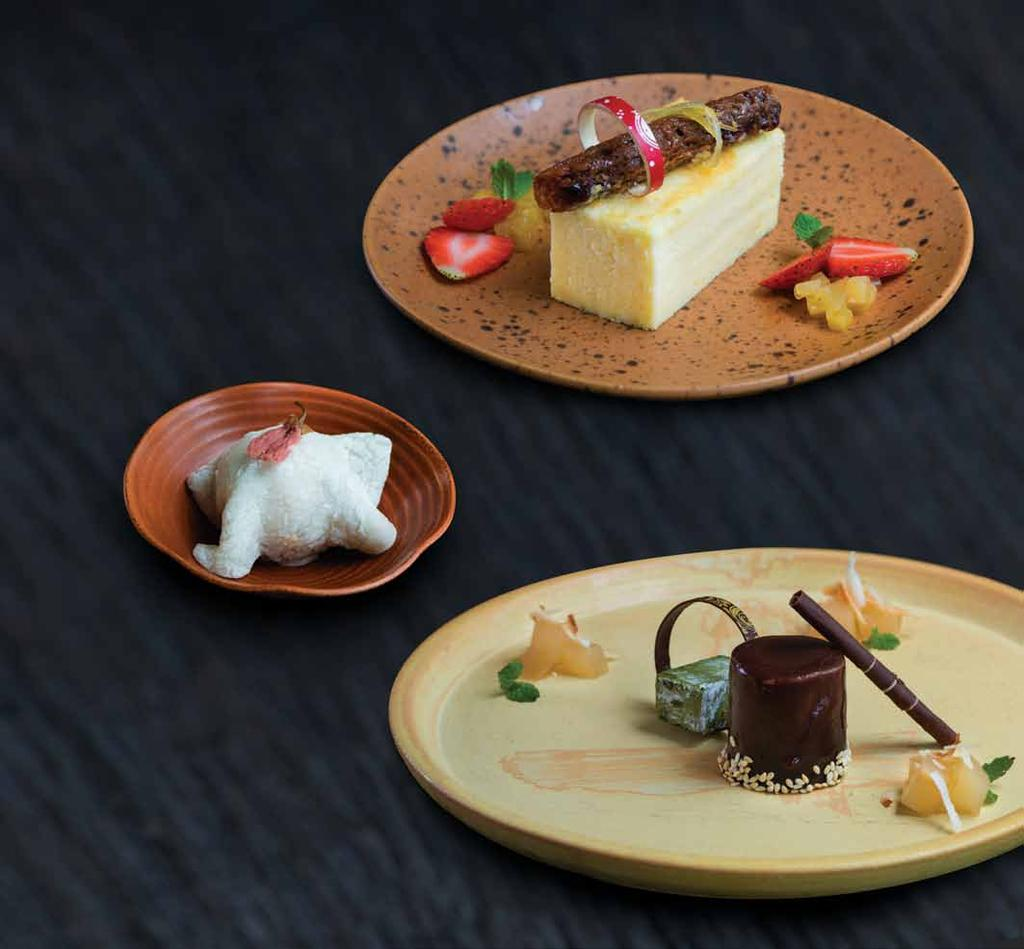 デザート Desserts 生チョコレート NAMA CHOCOLATE MARQUIS 45,000 valrhona chocolate ganache with Mirin poached pear and matcha white chocolate 柚子チーズケーキ YUZU COTTON CHEESE CAKE 40,000 light cheese cake with