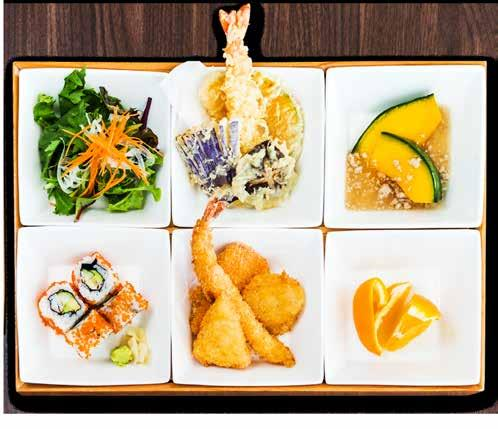 海鮮フライ弁当 Seafood Tempura Bento Breaded fried salmon, scallops, squid and prawns. 27.